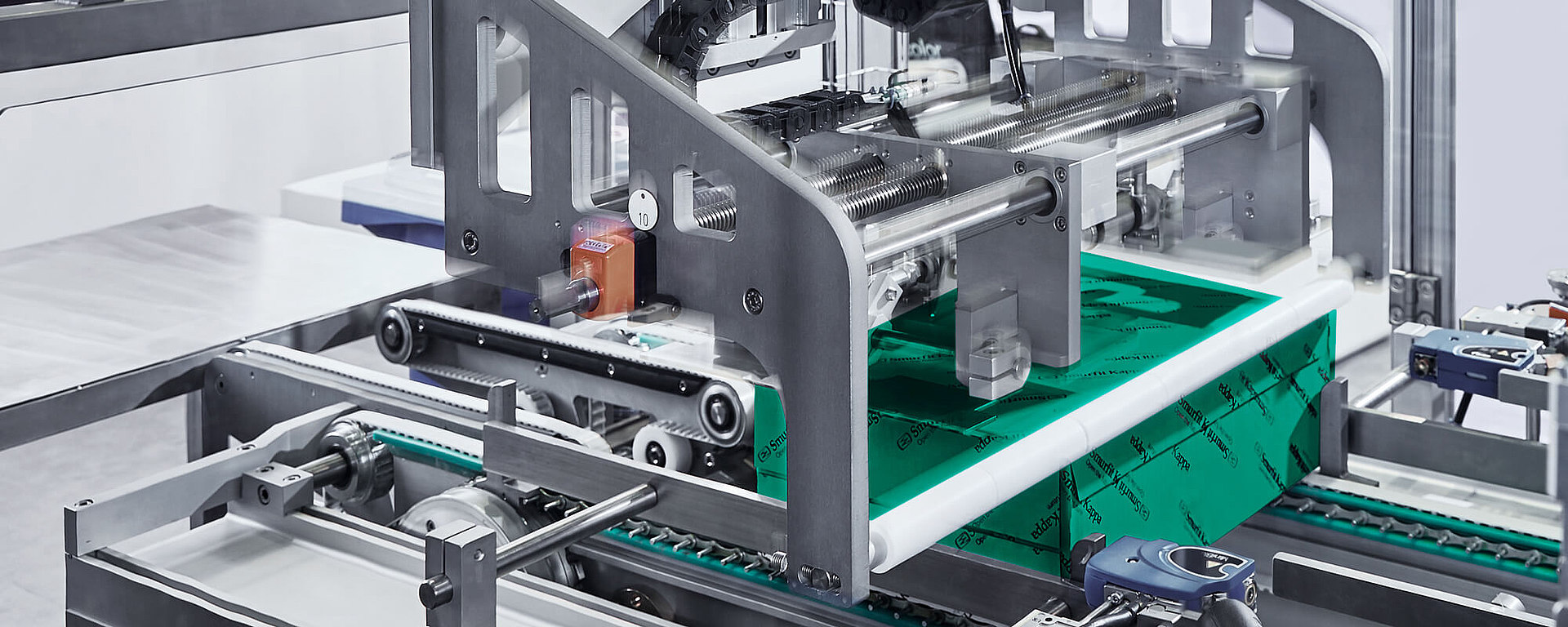 The packaging industry is depicted as an example of gearbox applications